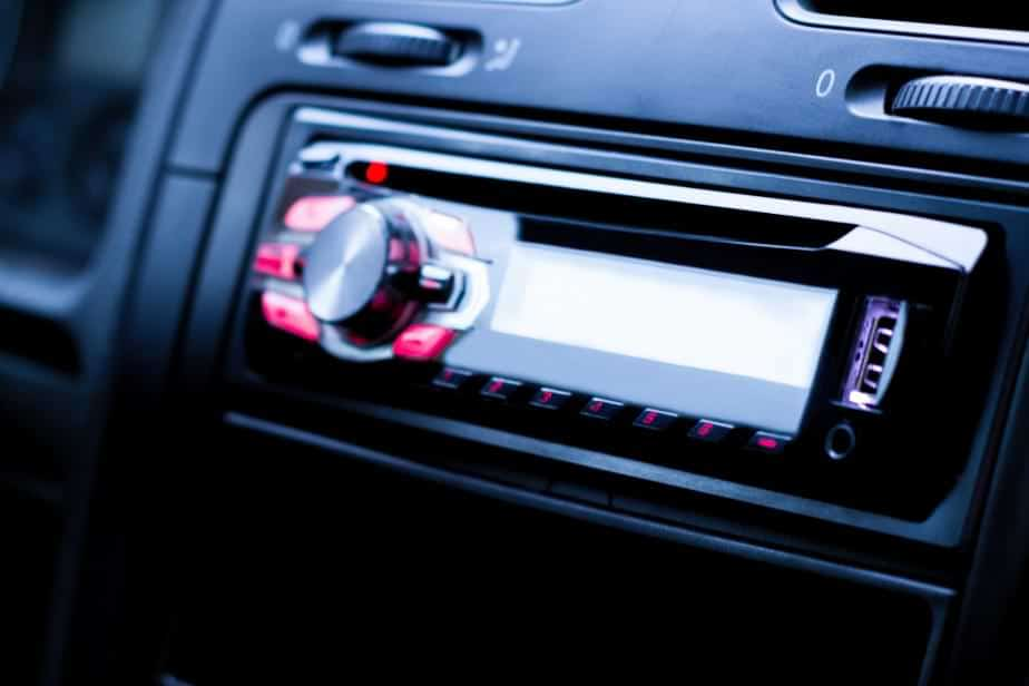 why car stereos have removable faceplates